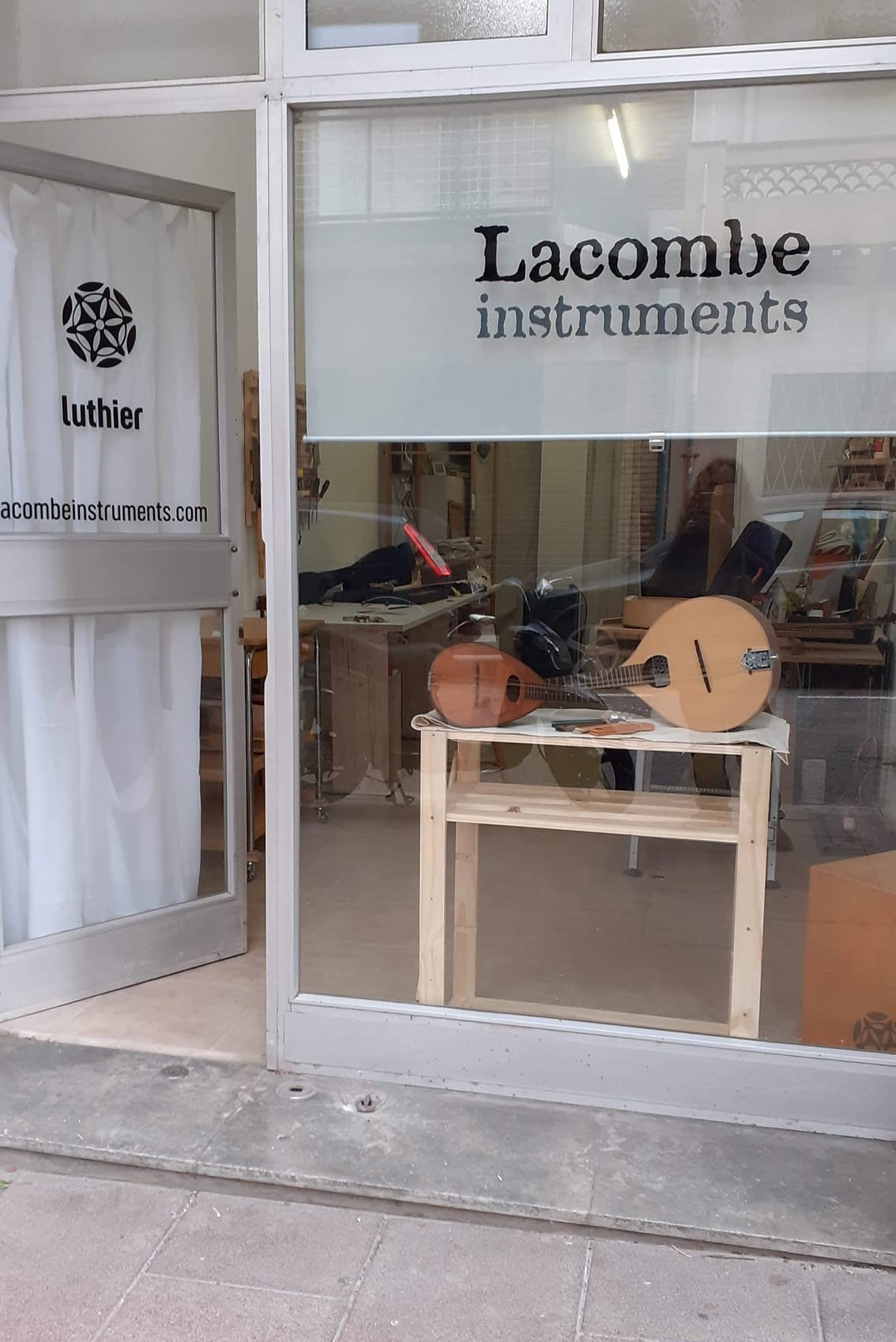 LacombeInstruments